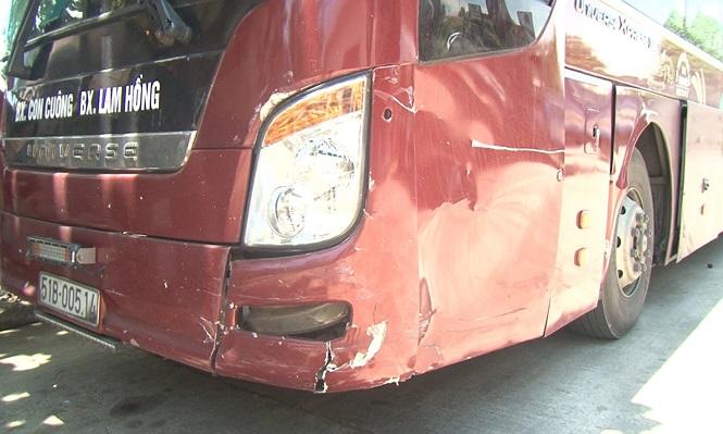 Tin tức tai nạn giao thông mới nhất hôm nay 30/7/2019: Tài xế 'phê' ma túy tông xe vào ô tô vừa gặp nạn - Ảnh 1