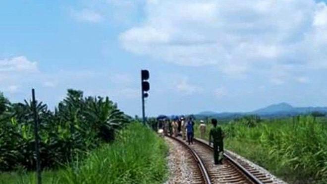 Phú Thọ: Tàu hỏa đang chạy, lái tàu bất ngờ ngã xuống đường tử vong - Ảnh 1