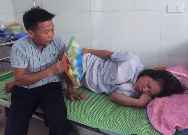 """Gia đình trẻ sơ sinh tử vong có vết đứt trên cổ: """"Chúng tôi chấp nhận khai quật tử thi cháu bé để khám nghiệm"""" - Ảnh 1"""
