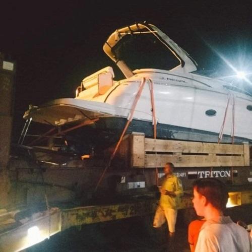 Tin tức tai nạn giao thông mới nhất hôm nay 14/8/2019: Phụ xe thiệt mạng trong lúc cứu hộ container - Ảnh 1