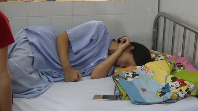 Vụ tài xế bỏ rơi sản phụ đang trở dạ ở Bình Phước: Sức khỏe người mẹ dần hồi phục, tâm lý ảnh hưởng nặng nề - Ảnh 1