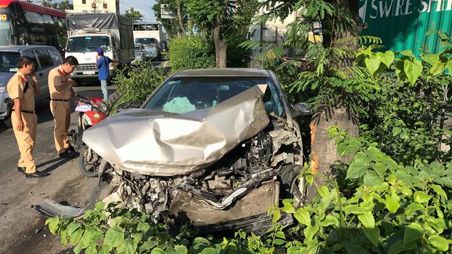 Tin tức tai nạn giao thông mới nhất hôm nay 24/8/2019: Trung úy bộ đội tử vong sau va chạm - Ảnh 2