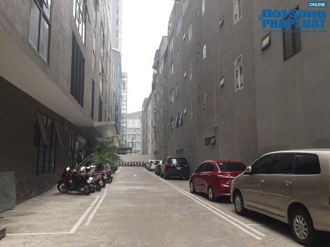 "Sinh vien, giang vien DH Dong Do phan ung the nao trong ""tam bao"" dao tao ""chui"" van bang 2?"