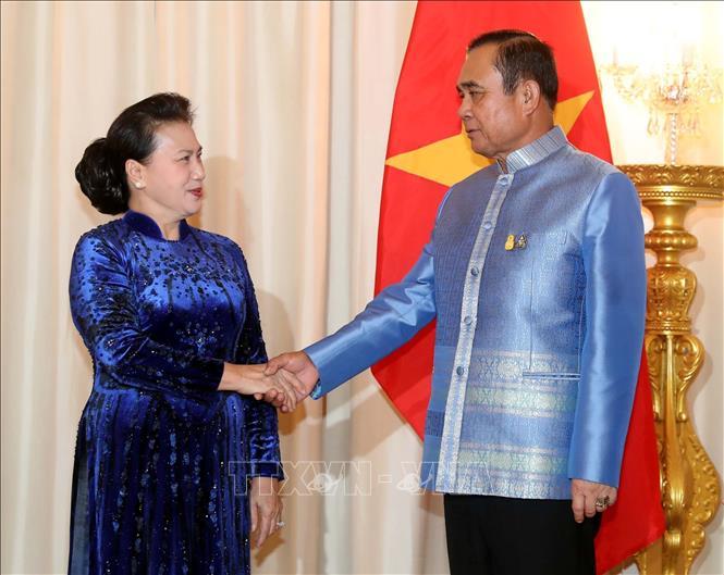 Chủ tịch Quốc hội Nguyễn Thị Kim Ngân hội kiến Thủ tướng Thái Lan - Ảnh 1