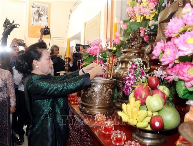 Chủ tịch Quốc hội thăm khu Di tích Chủ tịch Hồ Chí Minh tại tỉnh Udon Thani và gặp gỡ kiều bào - Ảnh 1