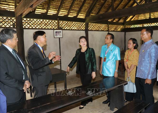 Chủ tịch Quốc hội thăm khu Di tích Chủ tịch Hồ Chí Minh tại tỉnh Udon Thani và gặp gỡ kiều bào - Ảnh 4