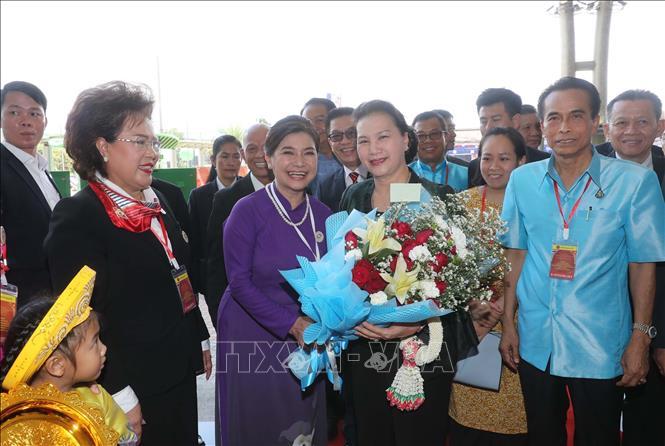 Chủ tịch Quốc hội thăm khu Di tích Chủ tịch Hồ Chí Minh tại tỉnh Udon Thani và gặp gỡ kiều bào - Ảnh 6