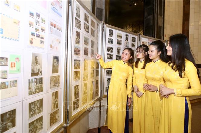 Phát hành bộ tem '50 năm thực hiện Di chúc Chủ tịch Hồ Chí Minh (1969-2019)' - Ảnh 4