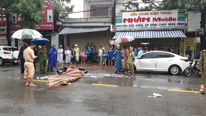 Tin tức tai nạn giao thông mới nhất hôm nay 6/8/2019: Phong tỏa cầu Hàng Xanh vì tai nạn liên hoàn - Ảnh 4