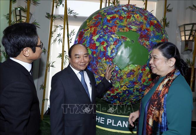 Thủ tướng Nguyễn Xuân Phúc chủ trì Hội nghị toàn quốc về Phát triển bền vững 2019 - Ảnh 3