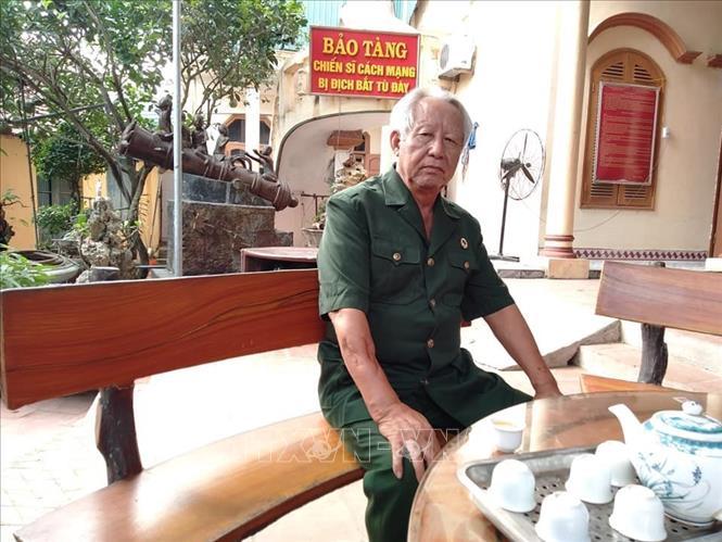 Người cựu chiến binh già lưu giữ hàng nghìn kỉ vật của các chiến sĩ bị địch bắt tù đày - Ảnh 1