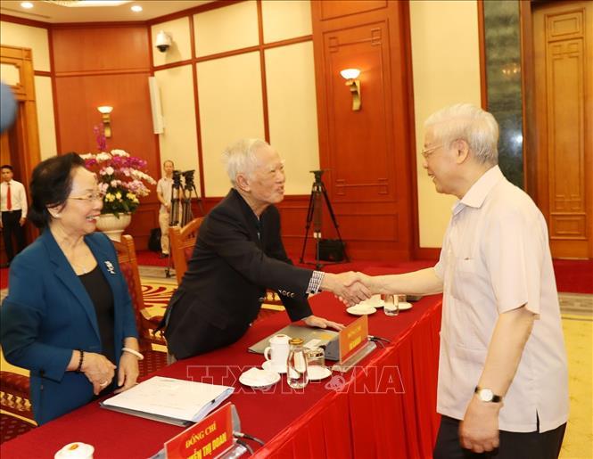 Hội nghị lấy ý kiến nguyên lãnh đạo Đảng, Nhà nước về các dự thảo Báo cáo trình Đại hội XIII của Đảng - Ảnh 1