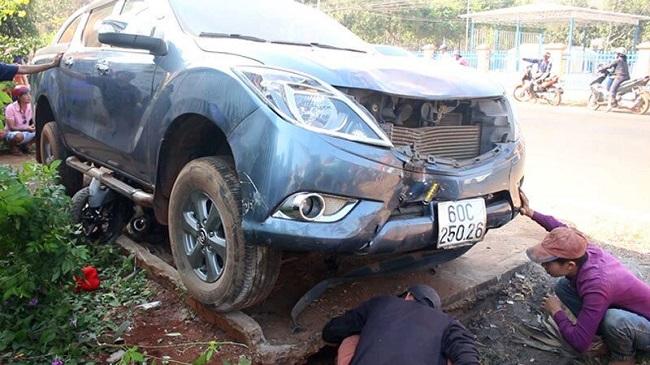 Tin tai nạn giao thông mới nhất ngày 11/1/2020: Bị xe tải đâm trúng, hai nữ sinh thiệt mạng - Ảnh 2