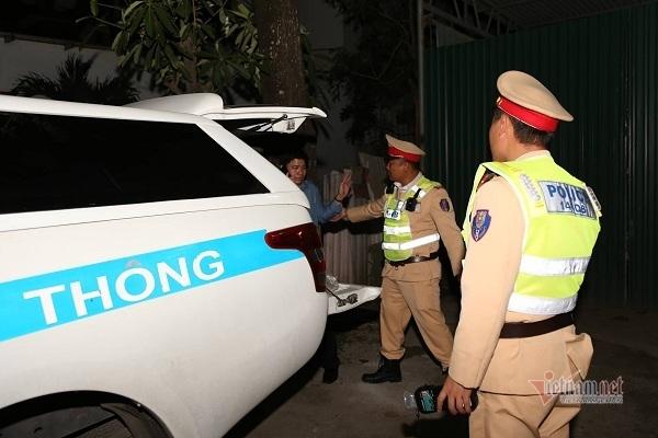 Quảng Bình: Xem xét kỷ luật phó trưởng phòng giáo dục say xỉn lái xe, bị phạt 35 triệu - Ảnh 1