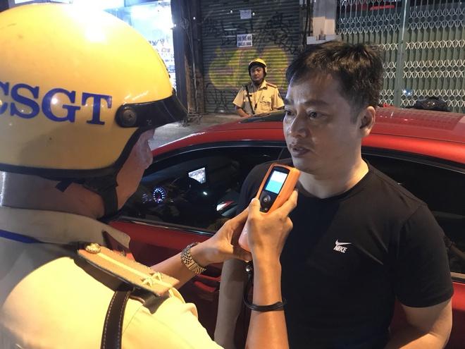 Hà Nội: Tài xế bị phạt gần 40 triệu, tước GPLX 23 tháng sau bữa nhậu trong đám hỏi - Ảnh 2