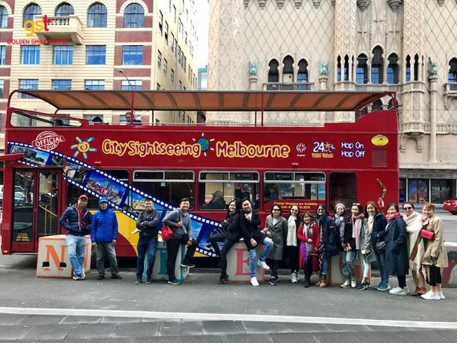 Tour khách đoàn Golden Smile Travel: Du lịch đoàn kết, đẳng cấp doanh nghiệp - Ảnh 1