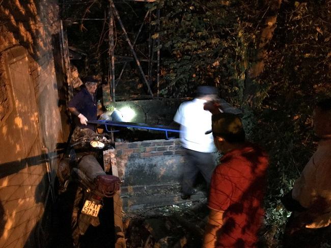 Bình Dương: Người phụ nữ đi xe máy bay qua hàng rào 2m tử vong tại chỗ - Ảnh 1