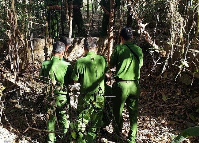 Tây Ninh: Công an điều tra vụ phát hiện 2 hộp sọ người trong chiếc vali ở vườn cao su - Ảnh 1
