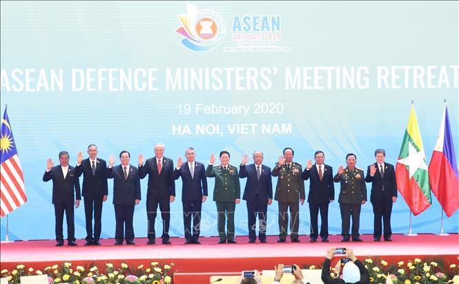 Tuyên bố chung của Bộ trưởng Quốc phòng các nước ASEAN về hợp tác ứng phó dịch bệnh - Ảnh 1