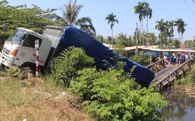 Tin tai nạn giao thông mới nhất ngày 22/2/2020: Xe tải vượt ẩu, tông bé gái tử vong thương tâm - Ảnh 2