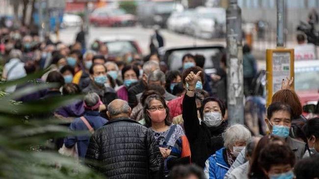 Choáng vì cảnh người dân nhiều nước châu Á xếp hàng dài chờ mua khẩu trang - Ảnh 4