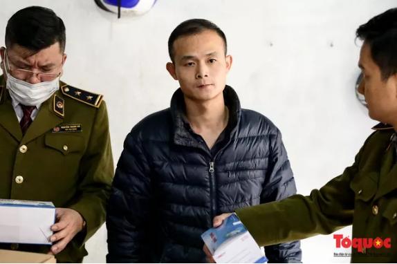 Hà Nội: Phát hiện đối tượng Trung Quốc thu gom 100.000 khẩu trang y tế không rõ nguồn gốc - Ảnh 3