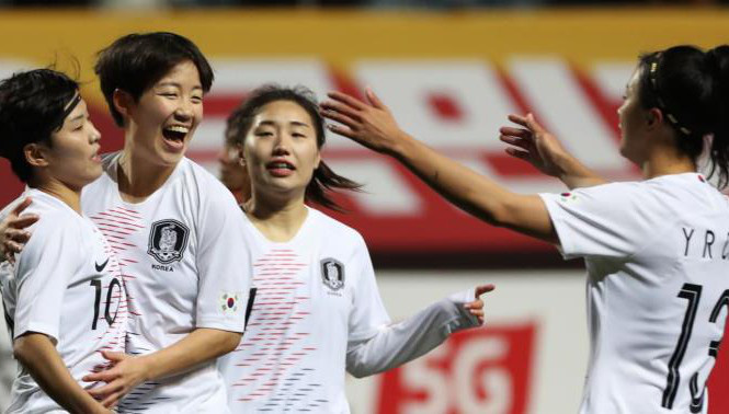 Thất bại 0-3 trước Hàn Quốc, thầy trò HLV Mai Đức Chung đứng nhì bảng A - Ảnh 1