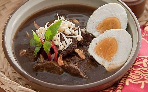 Đến Indonesia cổ vũ cho Olympic Việt Nam đừng quên thử những món ăn đặc sản này - Ảnh 5