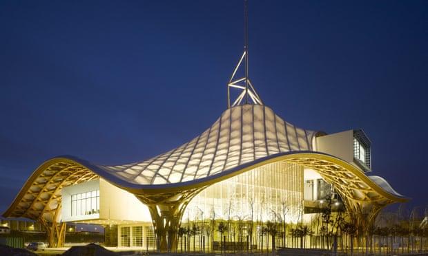 """Hiệu ứng Bilbao và cuộc tranh cãi bất tận về các công trình nghệ thuật """"nghìn tỷ"""" - Ảnh 2"""