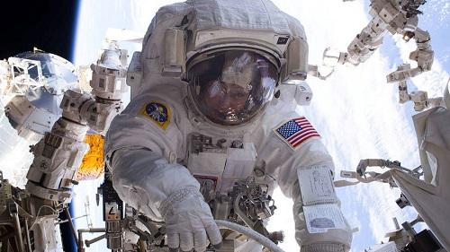 Lầu Năm Góc: Mỹ cần vũ khí tấn công trong không gian để tự vệ - Ảnh 1