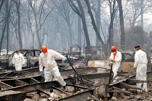 Thảm họa cháy rừng ở California: Khi thiên nhiên bị nhấn chìm trong biển khói lửa - Ảnh 3