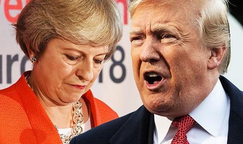 Gọi điện chúc mừng Tổng thống Mỹ, Thủ tướng Anh bất ngờ bị chỉ trích - Ảnh 1