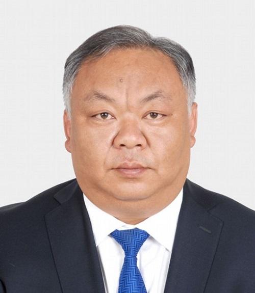 Quan chức Trung Quốc gây tranh cãi vì 38 tuổi nhưng già như 60  - Ảnh 1