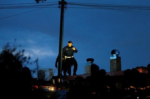 Cảnh sát Ý tịch thu hàng loạt biệt thự của gia tộc mafia khét tiếng ở Rome - Ảnh 1