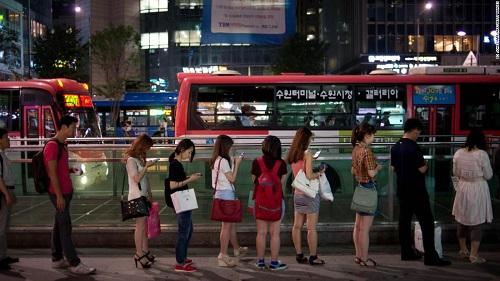 Người Hàn Quốc và vấn nạn tử vong vì làm việc quá sức  - Ảnh 1