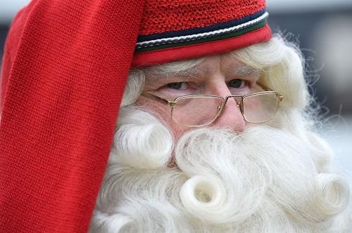 Không khí Giáng sinh tưng bừng khắp thế giới - Ảnh 1