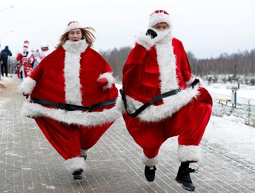 Không khí Giáng sinh tưng bừng khắp thế giới - Ảnh 4