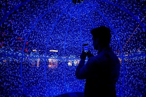 Không khí Giáng sinh tưng bừng khắp thế giới - Ảnh 8