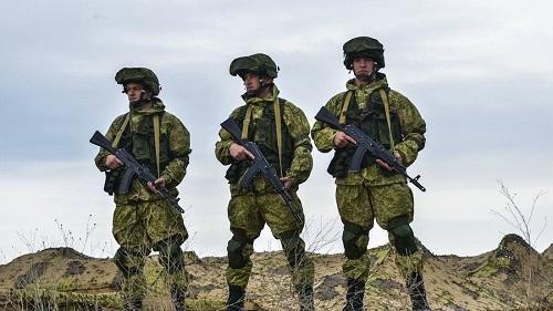 NATO tăng cường hoạt động quân sự sát biên giới, Nga dọa đáp trả - Ảnh 1