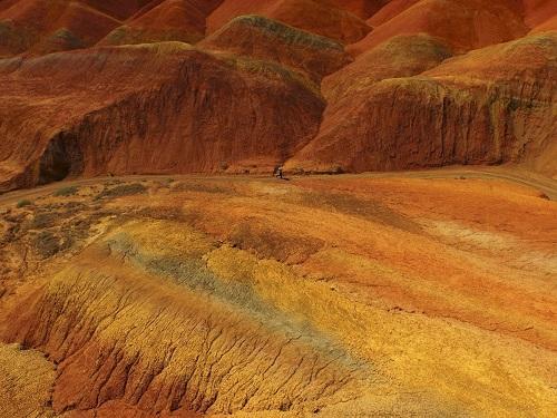 Cảnh quan hùng vĩ của Trung Quốc qua những bức ảnh tuyệt đẹp chụp từ trên cao - Ảnh 15