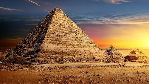 Bí ẩn kim tự tháp Ai Cập và lời nguyền xác ướp đáng sợ nhất thế giới - Ảnh 1