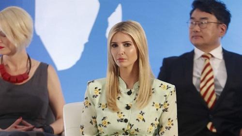 """Con gái ông Trump ca ngợi ông John McCain là """"anh hùng đích thực""""  - Ảnh 1"""