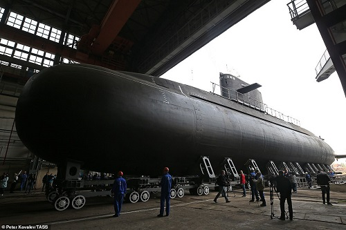 Nga hạ thủy tàu ngầm tàng hình 'bóng ma trên biển' - Ảnh 1
