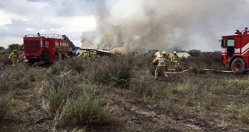 Hiện trường vụ tai nạn máy bay ở Iran khiến 15 người thiệt mạng - Ảnh 7