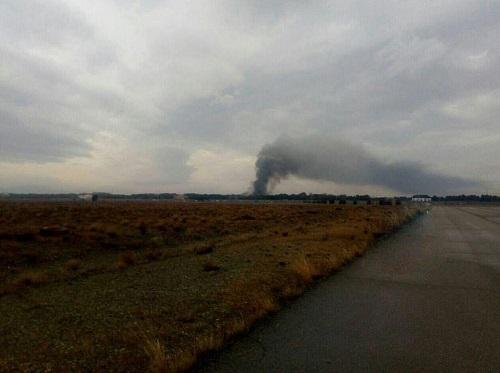 Hiện trường vụ tai nạn máy bay ở Iran khiến 15 người thiệt mạng - Ảnh 8