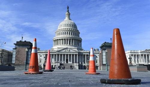 Chính phủ Mỹ đóng cửa, Nga giành được nhiều lợi thế chiến lược? - Ảnh 1