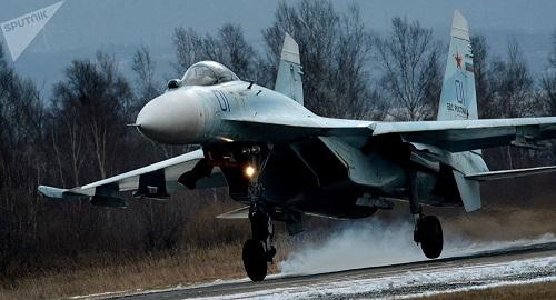 Máy bay phản lực Su-27 của Nga đánh chặn trinh sát cơ Thụy Điển  - Ảnh 1