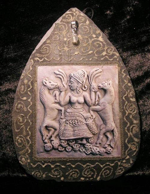 5 nữ thần đại diện cho tình yêu và sắc đẹp trong thần thoại thế giới - Ảnh 4