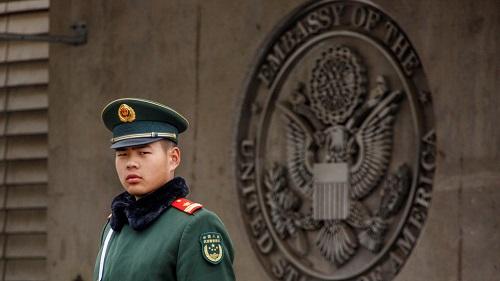 Mỹ đưa ra cảnh báo mới, khuyến cáo người dân cẩn trọng khi đến Trung Quốc - Ảnh 1