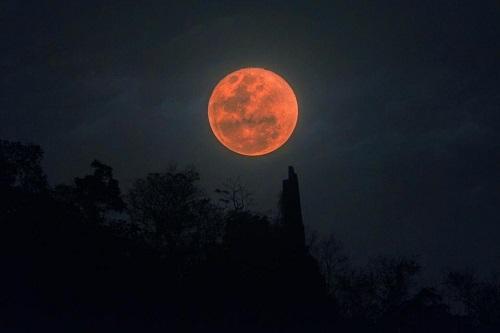 Thuyết âm mưu cảnh báo siêu trăng máu sắp diễn ra vào tháng 1/2019 là dấu hiệu tận thế - Ảnh 1